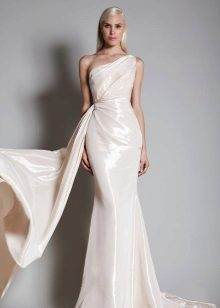 Pearly evening dress