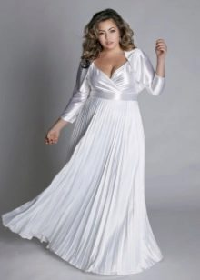 White evening dress for full with pleated