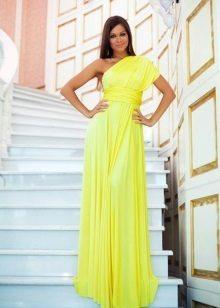 Vestido amarelo barato em um ombro
