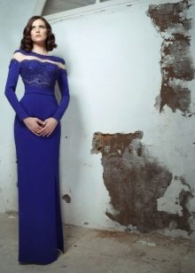 Blue evening dress na may puntas