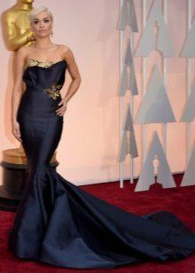 Iltapuku merenneito Rita Ora