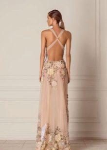Vestido de noite para o baile com as costas totalmente abertas