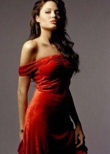 Rode avondjurk Angelina Jolie