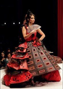 Preciosa vestit de nit de xocolata