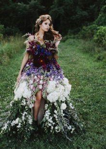 Vestit de flors silvestres