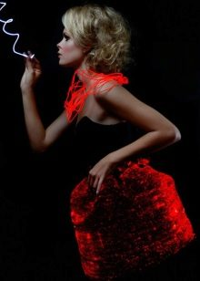 Vestit de nit marca Rainbow Winters vermell canviant de color