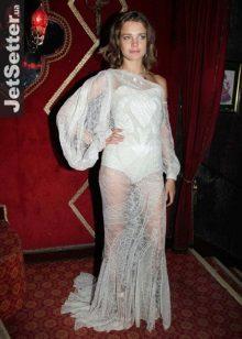 Natalia Vodyanovan iltapuku Givenshan frankista pitsistä