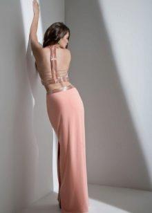 Vestido de noite sexy com costas abertas