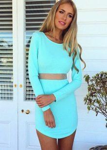 Vestido turquesa para loira