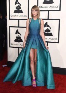 Magnífico vestido longo turquesa