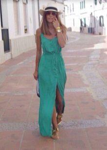 Vestido turquesa longo e casual