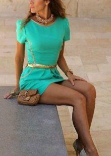 Sapatos de ouro para vestido turquesa