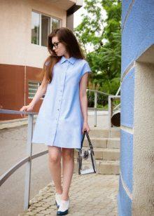 Blue dress na may A-shape