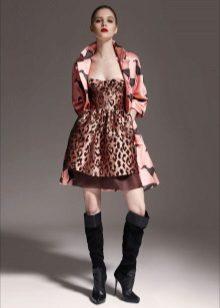 Leopar elbise için trençkot