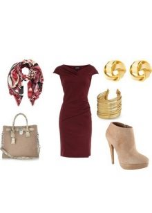Gold and beige eggplant dress accessories