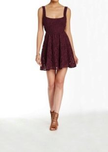 Brown sandals to eggplant dress