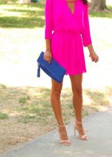 Blue clutch bag to fuchsia dress