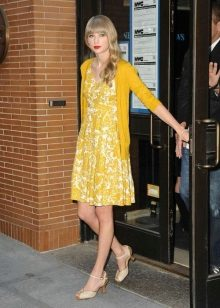 Mustard dress with white