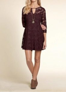 Brown shoes to burgundy dress