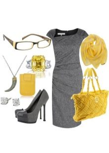 Gray dress in combination with yellow accessories