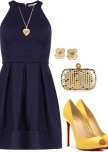 Koyu mavi elbise için süslemeler ve aksesuarlar