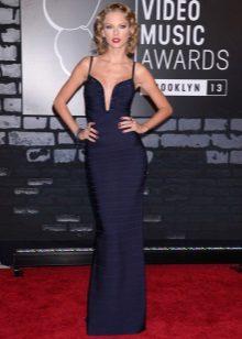 Uzun akşam koyu mavi elbise