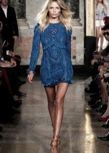 Koyu mavi elbise