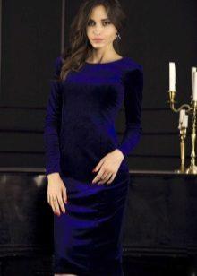 Koyu mavi kadife elbise