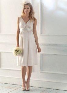 Къса рокля в гръцки стил за бременни жени