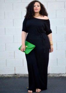 Lange zwarte jurk voor zwaarlijvig