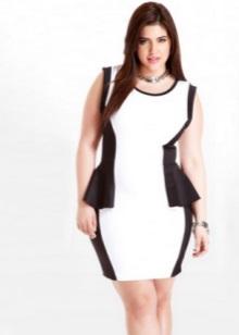 Zwart en wit korte jurk met bask voor volle meisjes