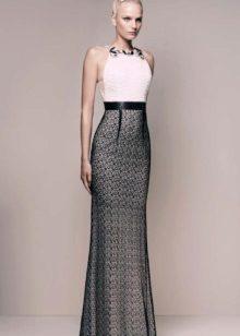 Beyaz ve siyah elbise