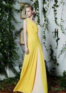 Sarı gece elbisesi