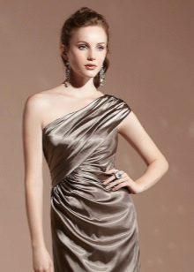 Brun kjole makeup