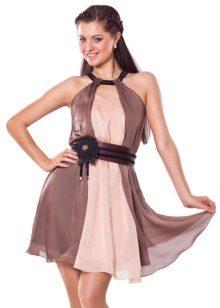 Brun og beige kjole
