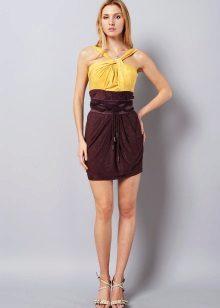 Brun-gul kjole
