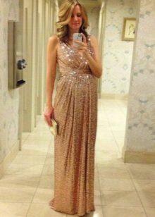 Briljant beige lange jurk in de Griekse stijl voor zwangere vrouwen