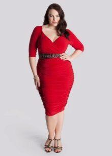 Nauw aansluitende jurk voor vrouwen met overgewicht