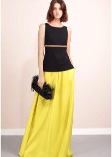 Choosing a bag for a color dress