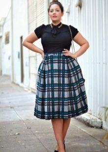 Vestit complet per a la cintura alta: diferents colors de dalt i de baix