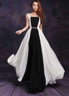 Musta ja valkoinen pitkä mekko