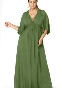 Vestit verd llarg i trapezoïdal per a una dona plena