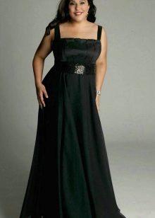El vestit llarg en les corretges per complet