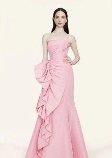 Rochie roz pentru bruneta