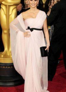 Rochie roz cu curea neagra
