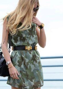 Hafif kamuflaj elbisesi