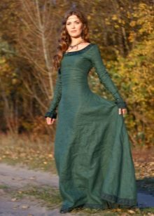 Liinavaatteet pitkä vihreä mekko, jossa on pitsi