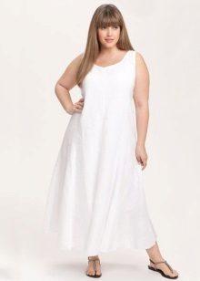 Pitkä valkoinen pellava mekko täynnä