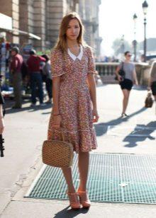 בז 'A-line השמלה בינוני קטן