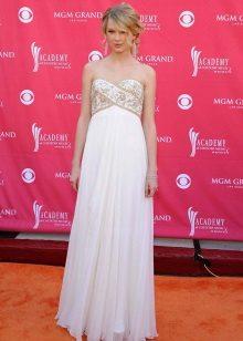 שמלה ארוכה בלבן